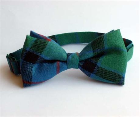 Picture of Bow Tie Lightweight Wool Tartan